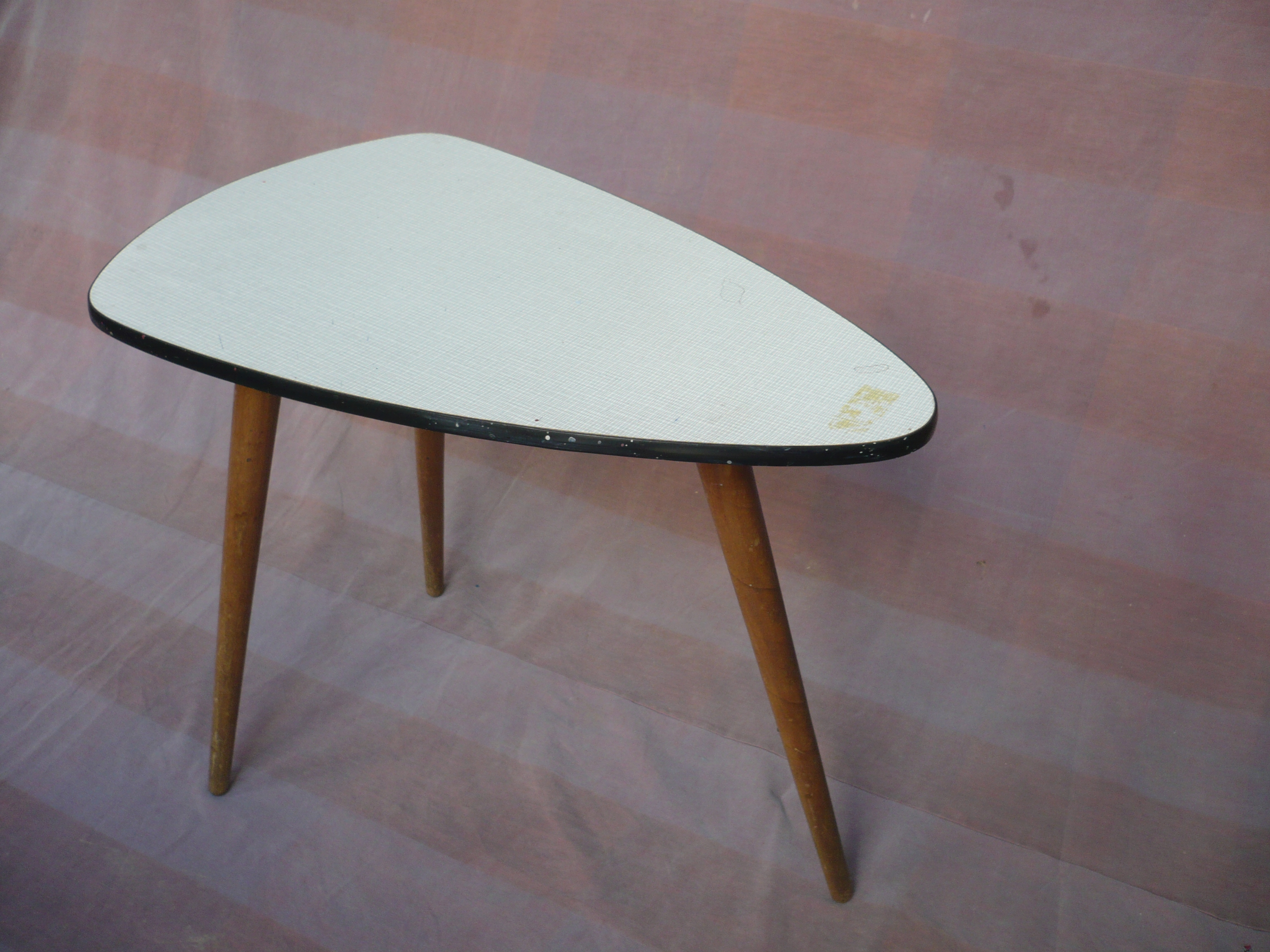 Fabulous jaren `60 « Blog: Paul Berkhout over restauratie van antieke meubelen #HZ96